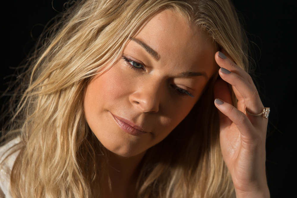 "LeAnn Rimes listens to Patty Griffin - ""Let  Him Fly""                            2/2"