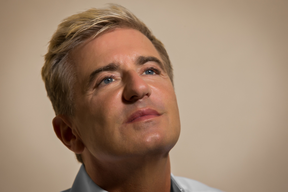 "Jean - Yves Thibaudet listens to Lana Del Rey - ""Shades of Cool""                                    1/2"