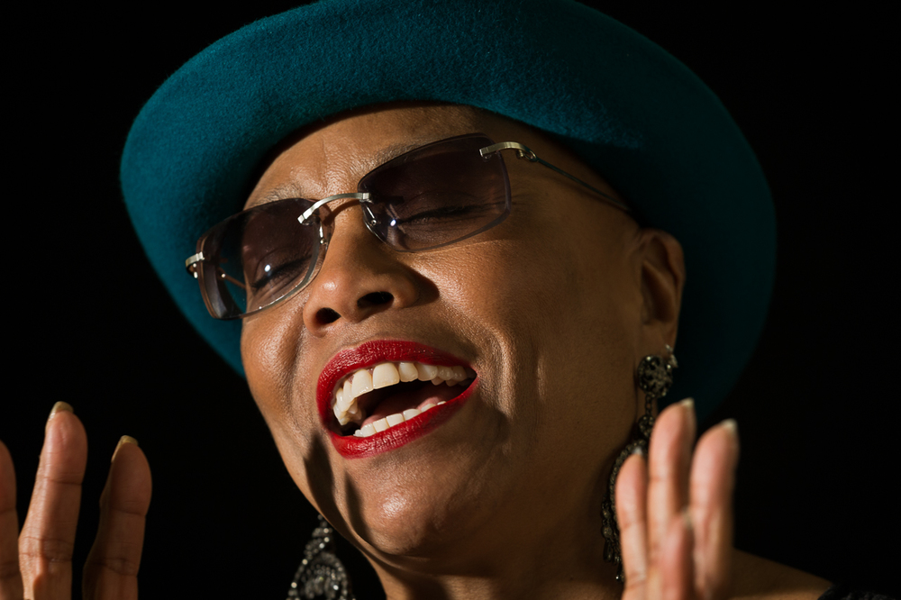 "DeeDee Bridgewater listens to Nancy Wilson - ""Guess Who I Saw Today""         2/2"