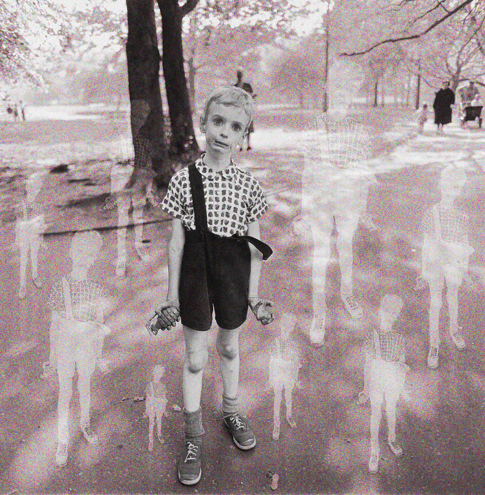 Arbus, Diane (Child with toy hand grenade in Central Park 1960)