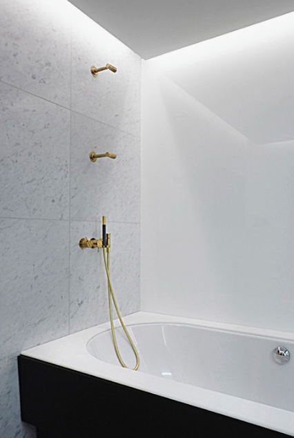 Vola Small Showerhead