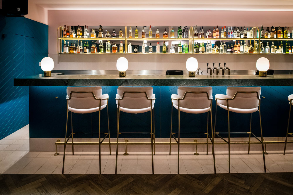 clerkenwell-grind-biasol-restaurants-bars-interiors-london-uk_dezeen_2364_col_4.jpg