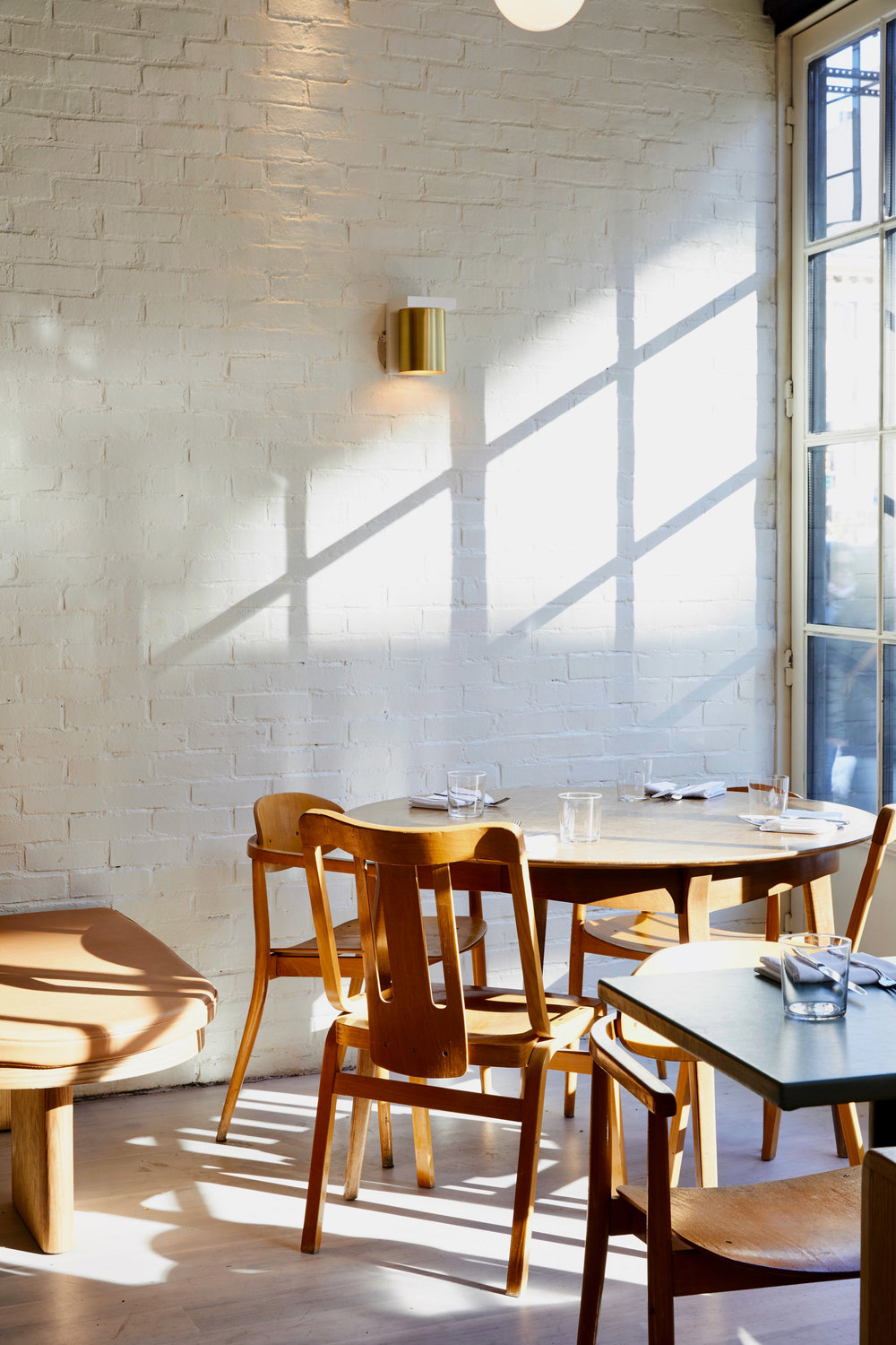 de-maria-the-mp-shift-interiors-restaurants-new-york-city-usa_dezeen_2364_col_2.jpg
