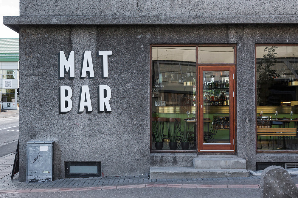 mat-bar-haf-studio-reykjavik-iceland-restaurant_dezeen_2364_col_9.jpg