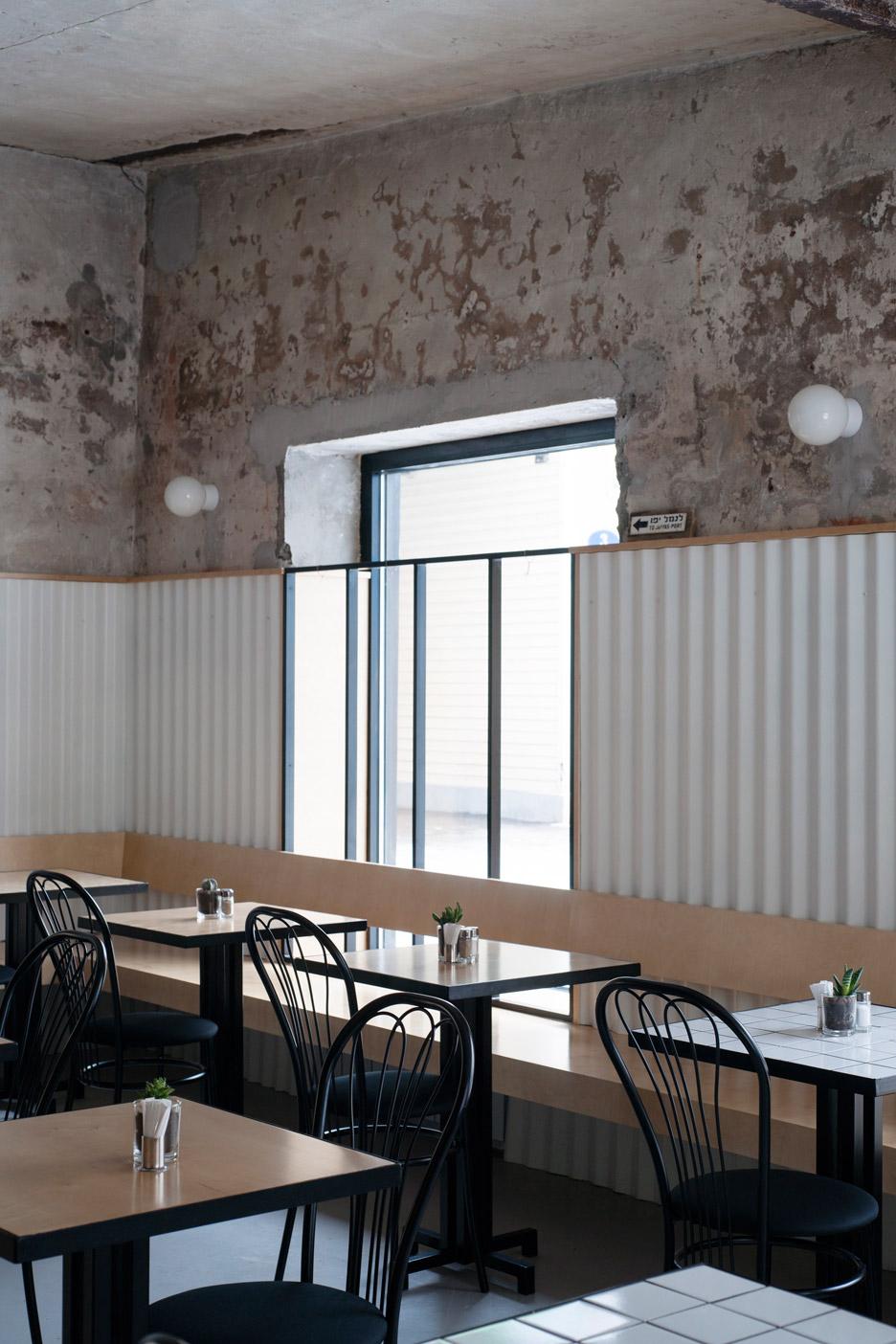 dizengof-99-crosby-studios-moscow-restaurant-interior-_dezeen_936_9.jpg