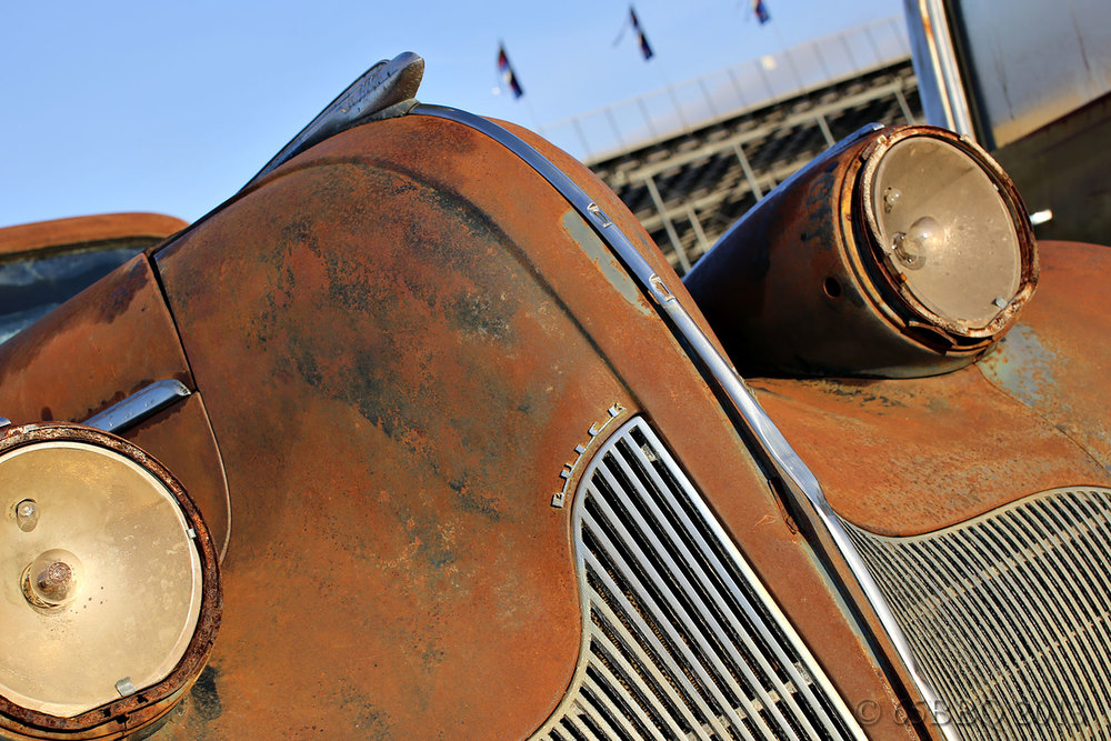Pomna Swap Meet Rusted FrontGrill