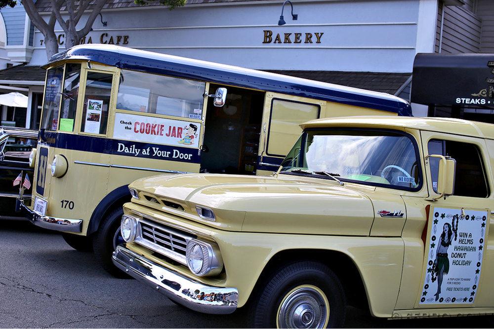 Seal-Beach-Carshow-65bbq-Helms-Bakery.jpg