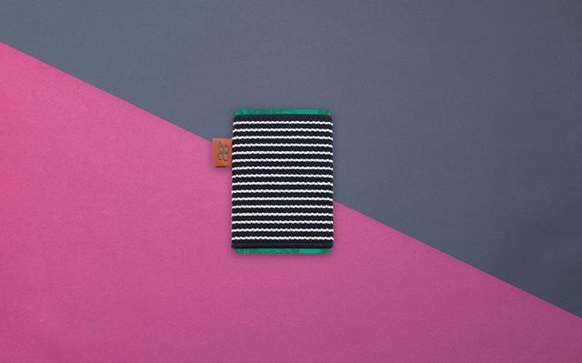 Grab your yacht, we're headed out! Sporty and summery №6 #wallet #creditcard #slim #woven #elastic