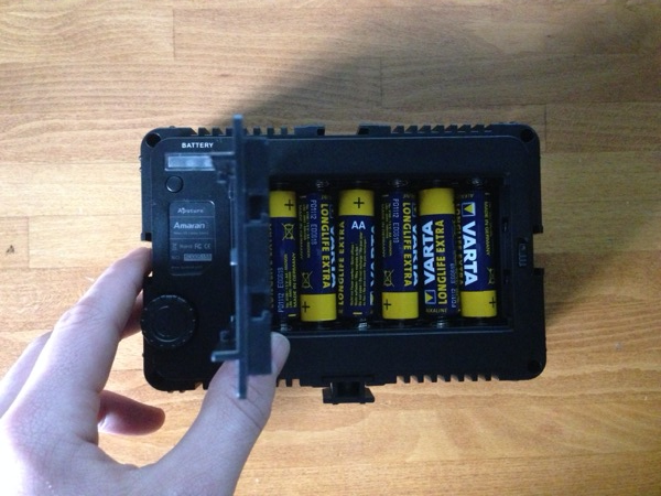 Underneath the battery door, there is room for 6 AA batteries making this a really flexible lighting unit for just about anyone looking to get in to off camera lighting.