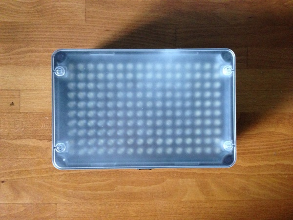 Aputure Amaran 160 LED Light