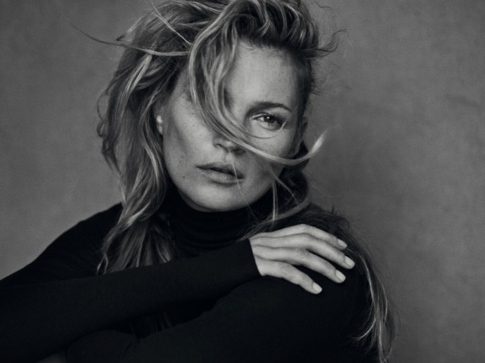 kate-moss-by-peter-lindbergh-for-vogue-italia-january-2015-11-690x517.jpg