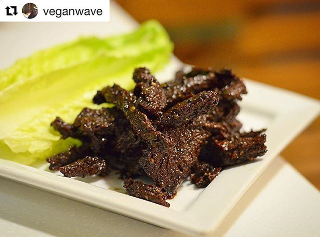 Our top 10 of all time 😋👍🏻 .... #Repost @veganwave with @repostapp ・・・ The Thai Beef Jerky from @myvegangold is #soygood 👌🏽Crispy with a ton of flavor...and they aren't shy with the portions! Thanks for planting the seed, @sheiscynful! 🙌🏽🙌🏽🙌🏽 .... #mybegangold #vegan #veganfood #veganfoodshare #whatveganseat #veganism #jerky #govegan #plantbased #vegetarian #veganforever #food #la #silverlake