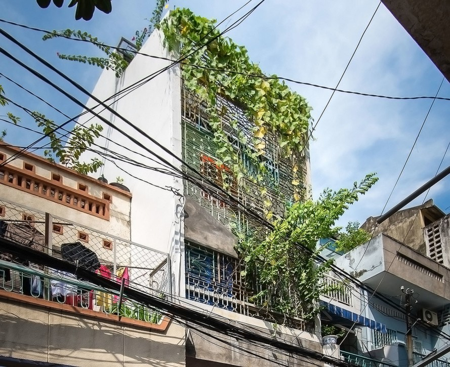 Saigon-House-by-a21studio-22-889x725.jpg
