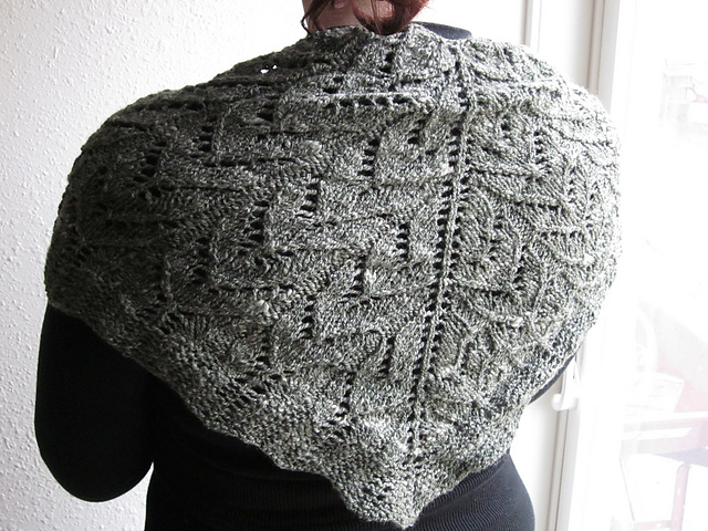shawlette02_medium2.jpg