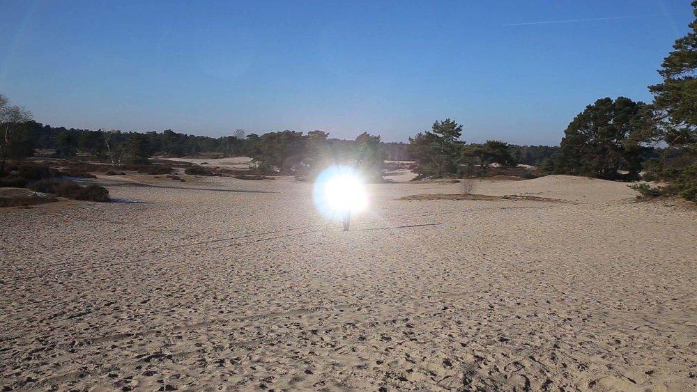 Binnerts, De dag dat het zonlicht in je handen paste(video still), videoloop,2017.jpg