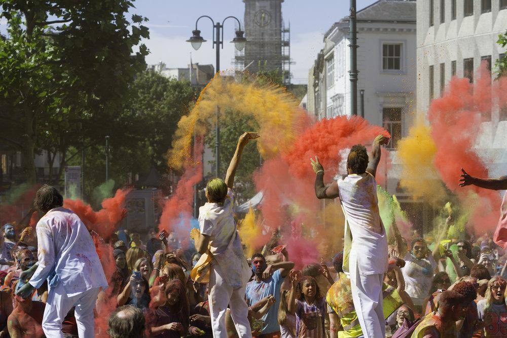 Artonik Colour Of Time Luton Creates Photo Ben Hodson.jpg