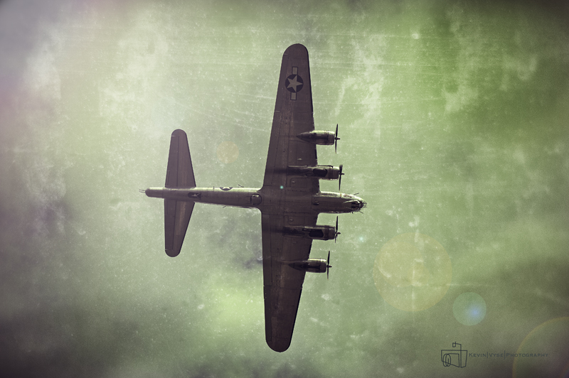 Bowing B-17 Vintage
