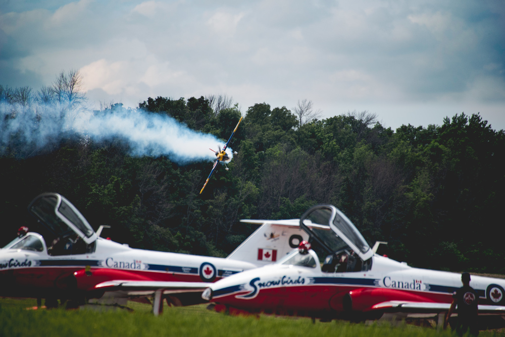 Pete Mcleod between snowbirds - Print.jpg