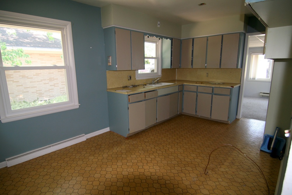 kitchen 2 before.JPG