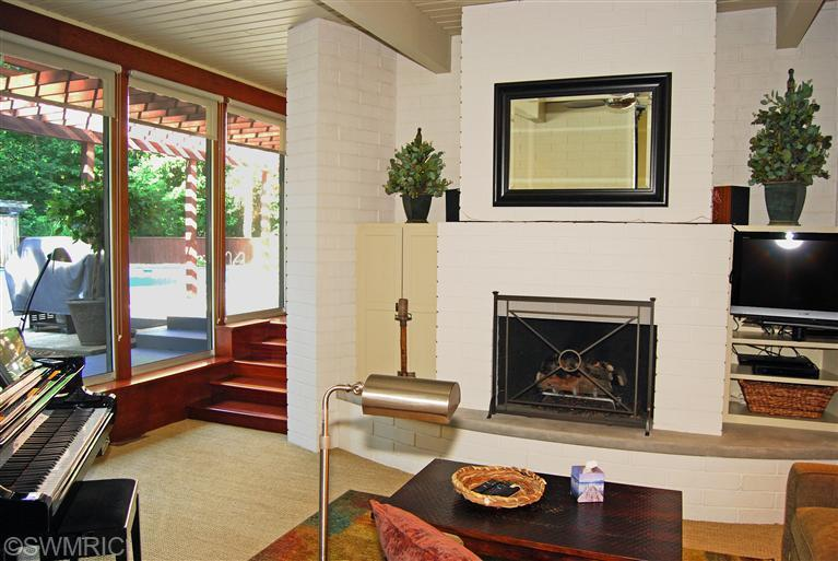 29old-fireplace.jpg