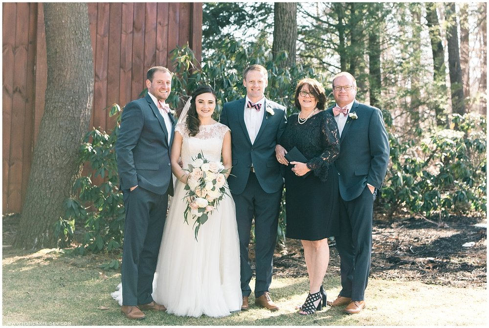 Jessica K Feiden Photography_Birch Wood Vineyards New Hampshire Wedding_0021.jpg