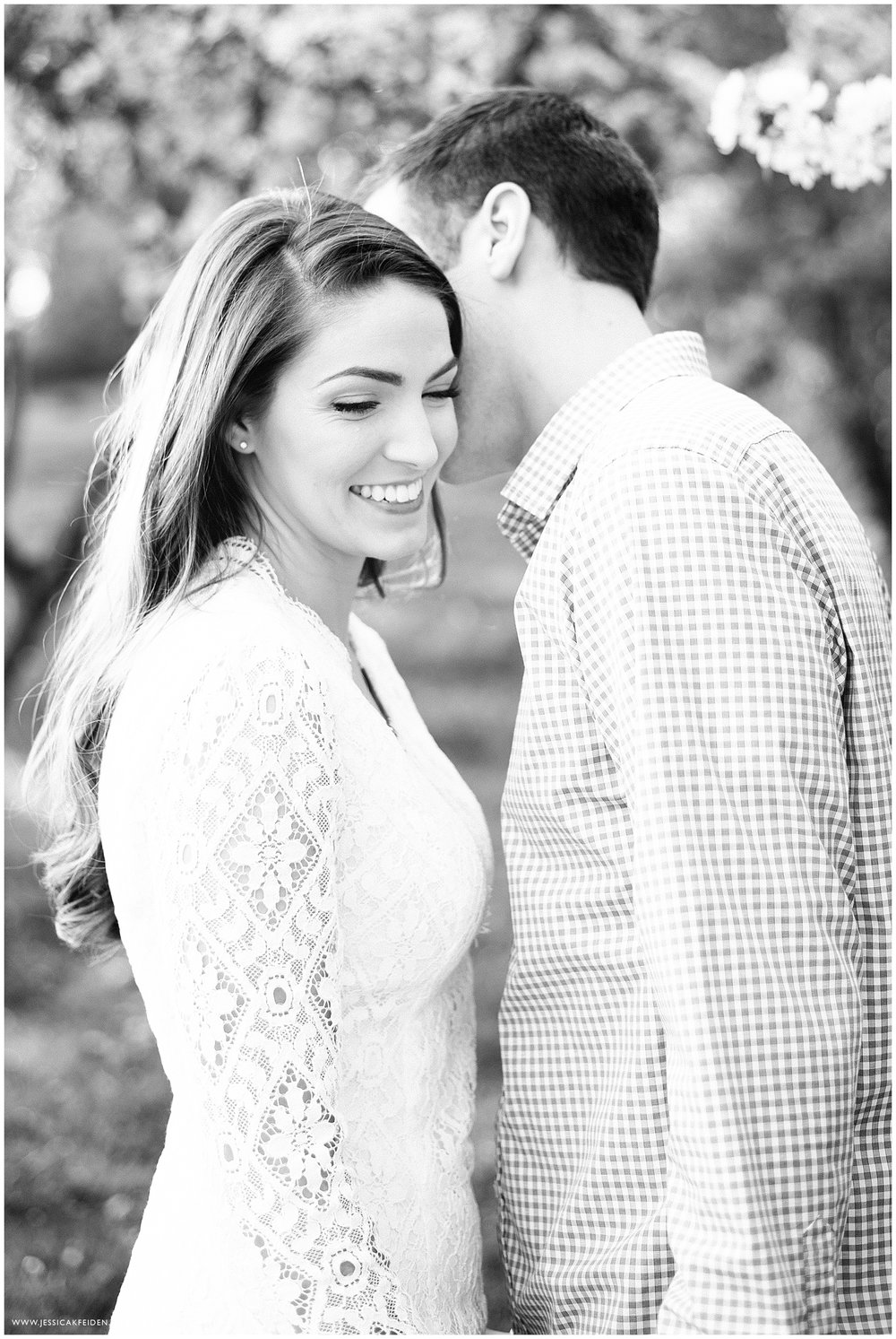 Jessica K Feiden Photography_Larz Anderson Park Engagement Session Photographer_0017.jpg