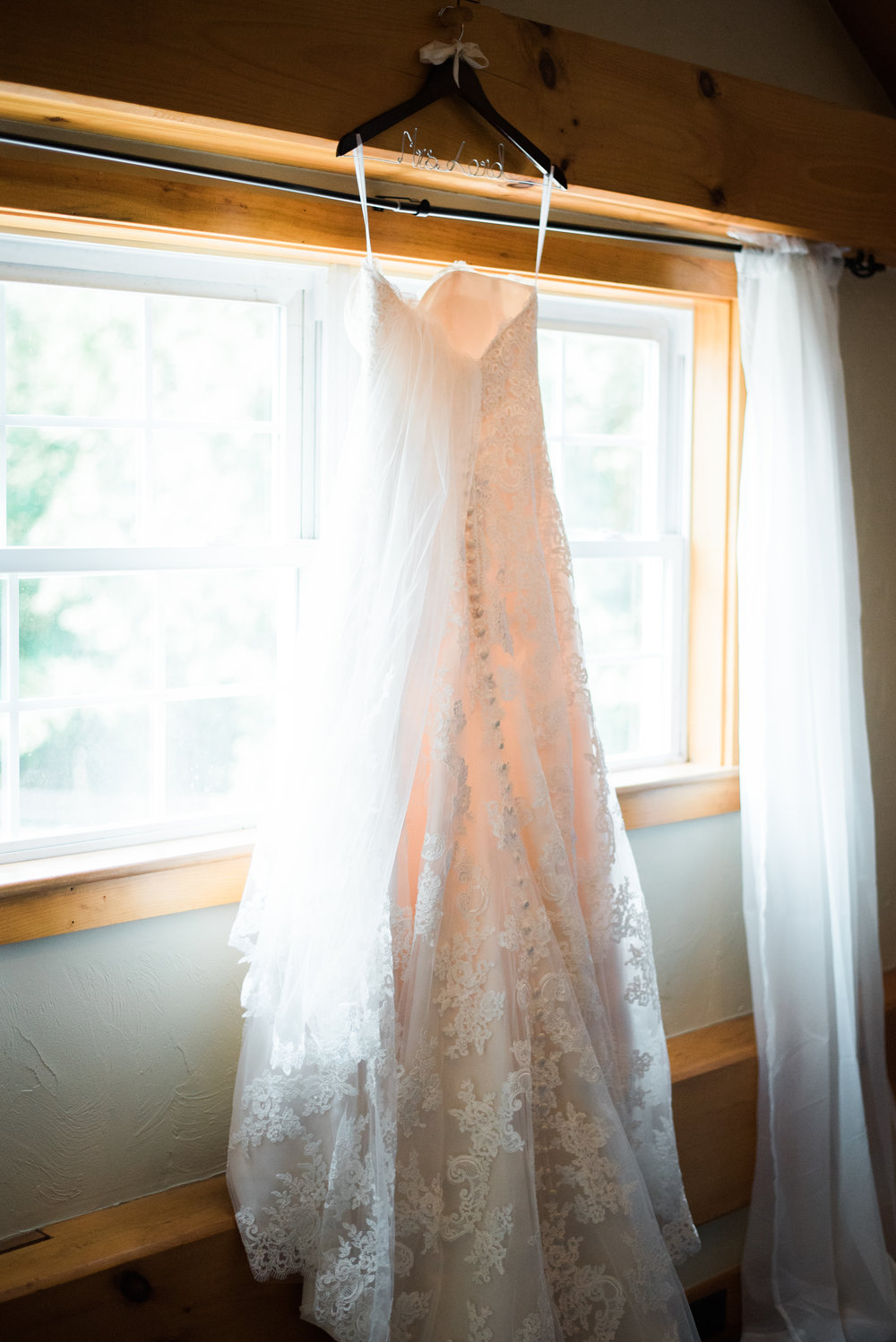 Jessica K Feiden Photography_Anne Marie + Tom's Sneak Peek-5.jpg