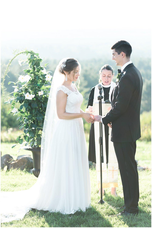Jessica K Feiden Photography_The Fruitlands Museum Wedding_0044.jpg