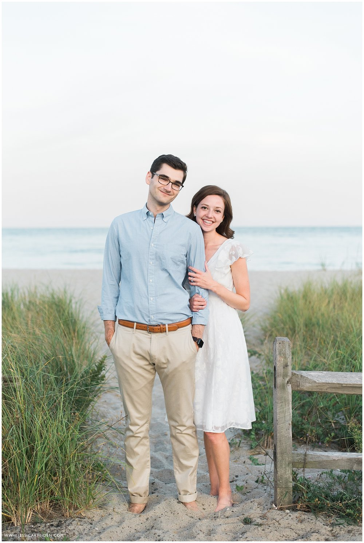 Jessica K Feiden Photography_Oregon Beach Cotuit Engagement Session_0013.jpg
