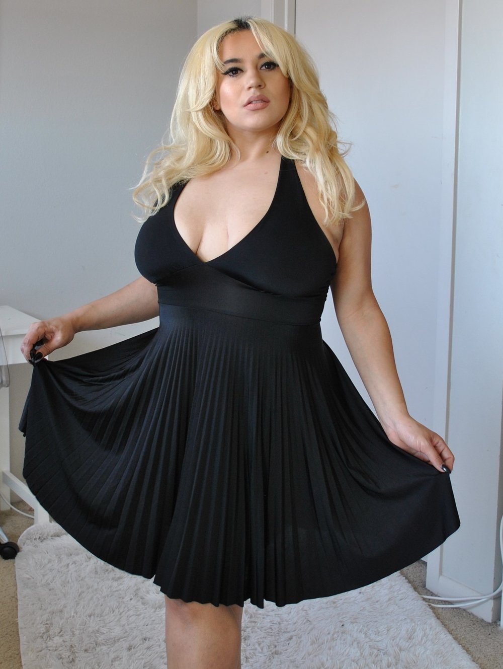 Marilyn Monroe Black 7 year itch dress $70  size 12-14