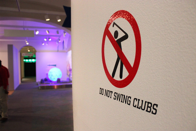 do-not-swing-clubs.jpg