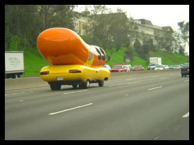 Oscar-meyer-weinermobile.jpg