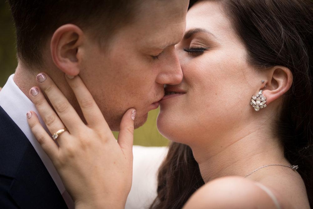 Toronto Wedding Photographer - 2 - 7060.jpg