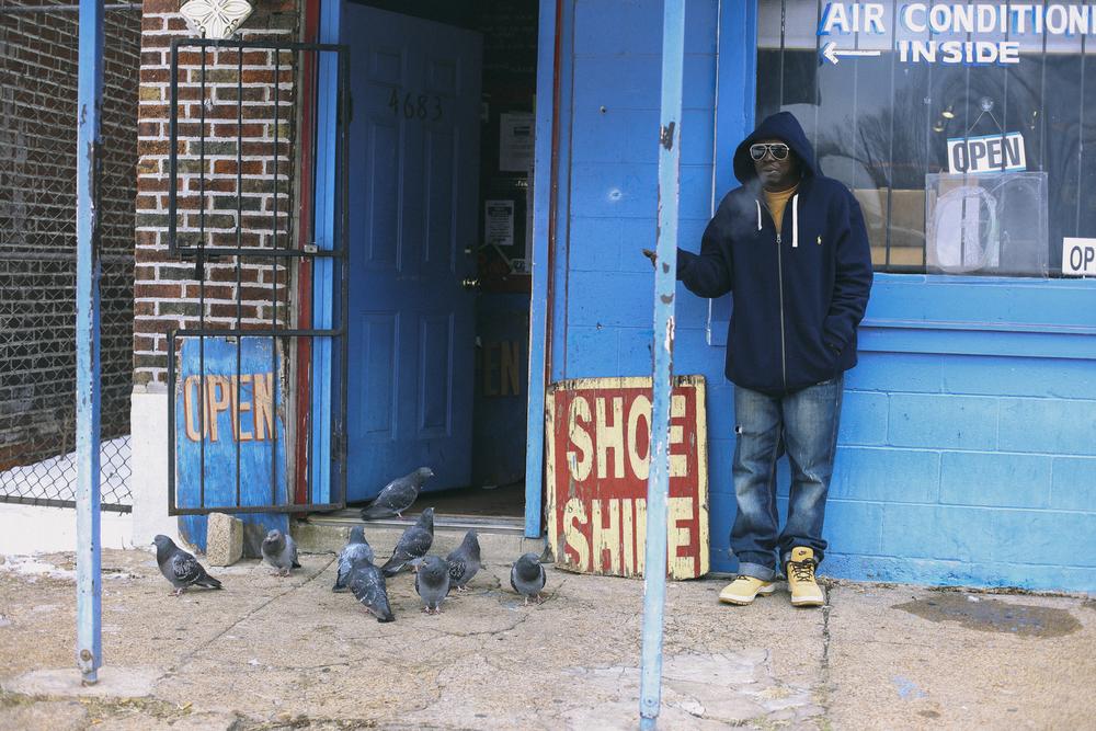 """""""Ace"""" before Sunday shoe shine"""