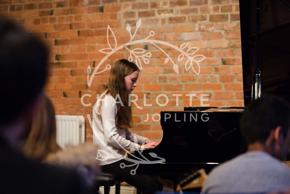 Stepping-Stones-Voicebox-Concert-2018-by-Charlotte-Jopling-39.jpg