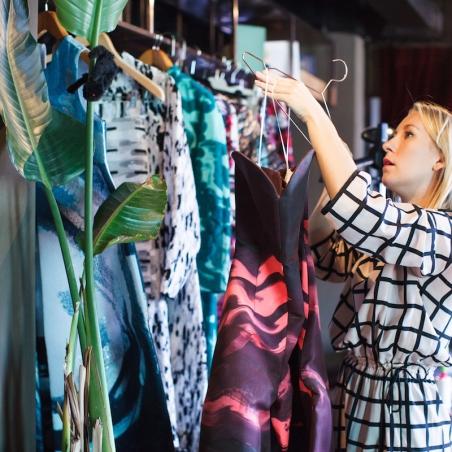 18/08/2014   Workshops sobre tecidos com estilistas internacionais