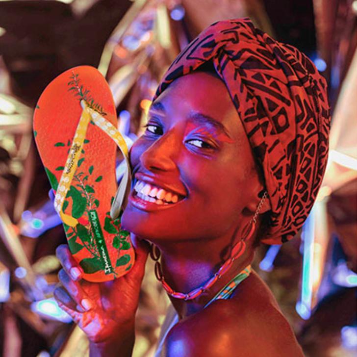 02/2019_ clique na imagem para  RG     Ipanema faz coleção cápsula com seis né-marcas cariocas
