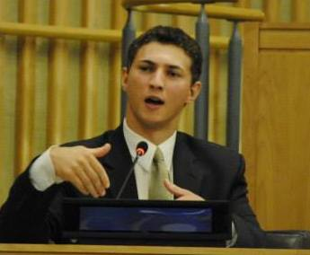 Extend's Director, Sam Sussman, speaks at the United Nations Youth Assembly.