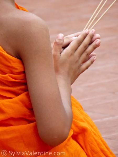 Monk-Incense Thailand