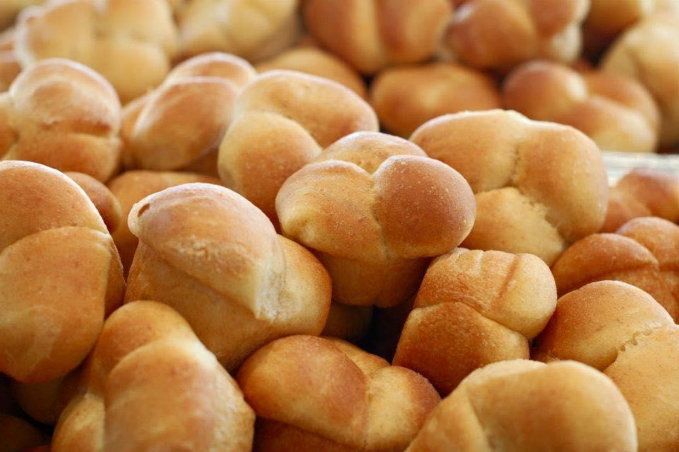 dinner rolls.jpg