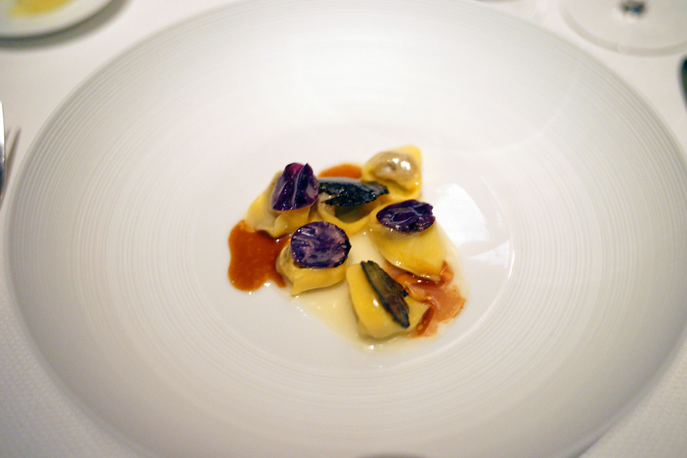 Tortellini – goose, red cabbage, black truffle