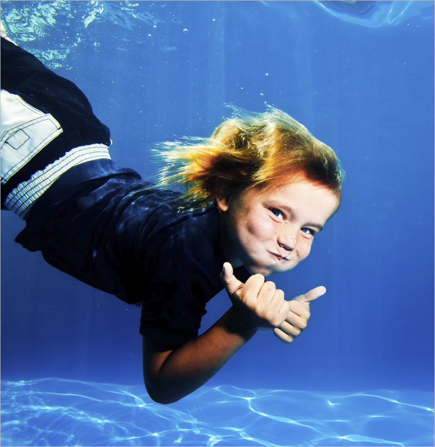 underwater finn_underwater portrait-zupe-underwater photography-pool photo-hobart baby photo-hobart family photography-tasmanian kids photos-portraits.jpg