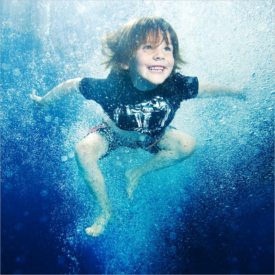 underwater_hobart baby photo-hobart family photography-tasmanian kids photos-portraits.jpg