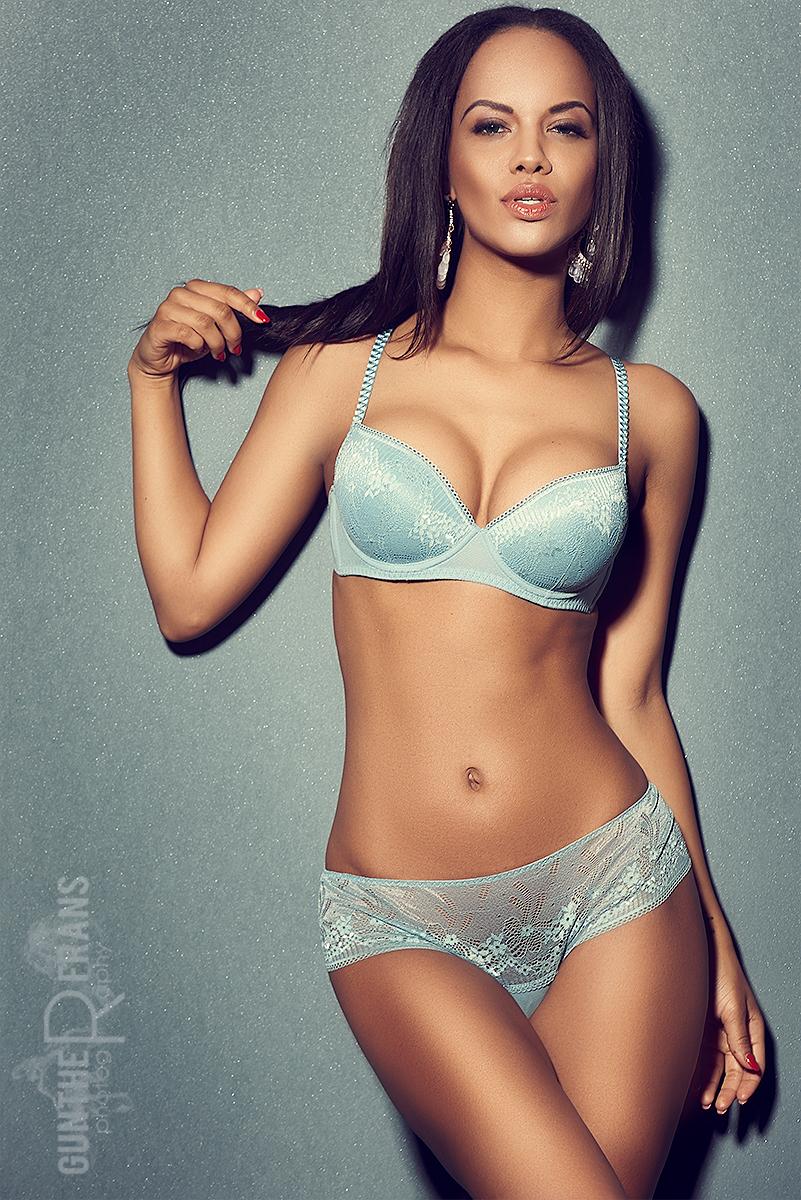 Aminax10.jpg
