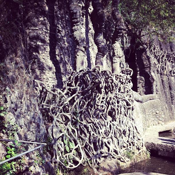 Cement roots. #sculpture #Nekchand (at Chandigarh)