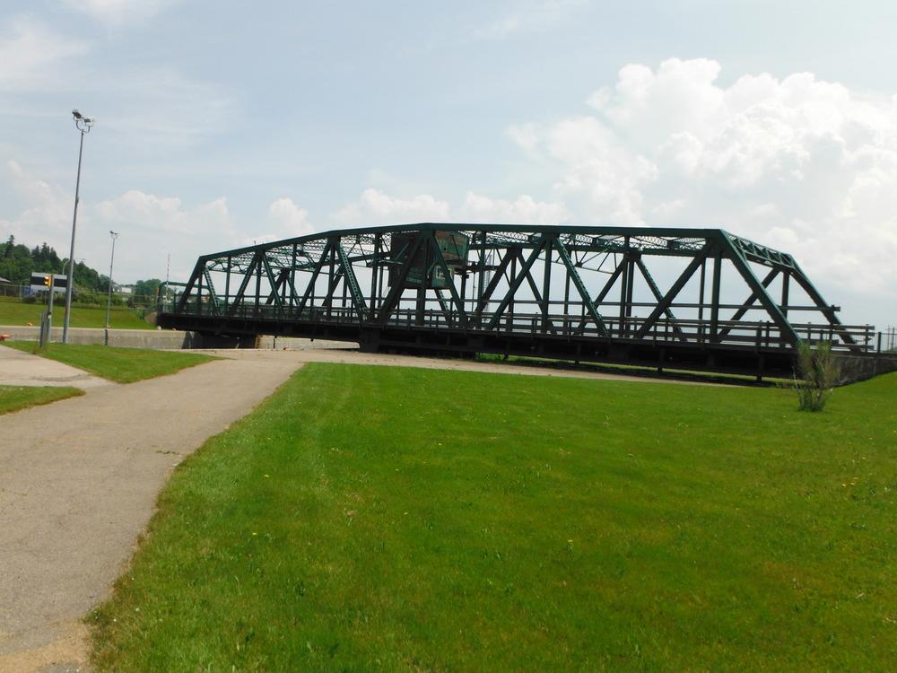 Swing Bridge 1 053.jpg