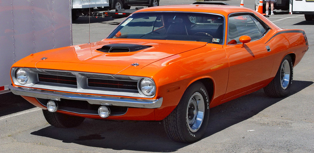 1970-Plymouth-Hemi-Cuda-Orange-Front-Angle-sy.jpg