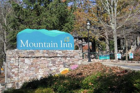 Mountain Inn at Wintergreen Resort
