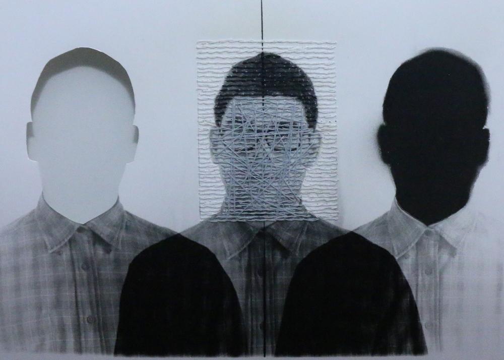 Fotografía análoga; Intervención con hilo y pintura (2013)