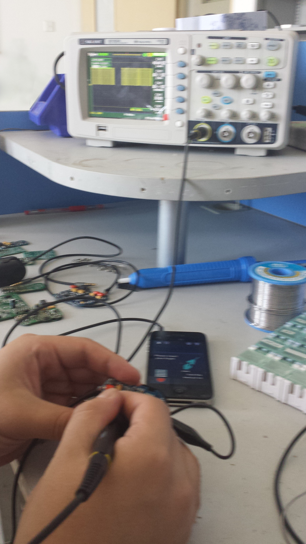 Calibration and testing on the oscilloscope.
